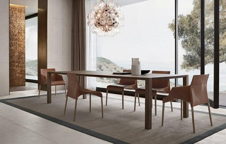 sillas-originales-mesa-grande-comedor-moderno
