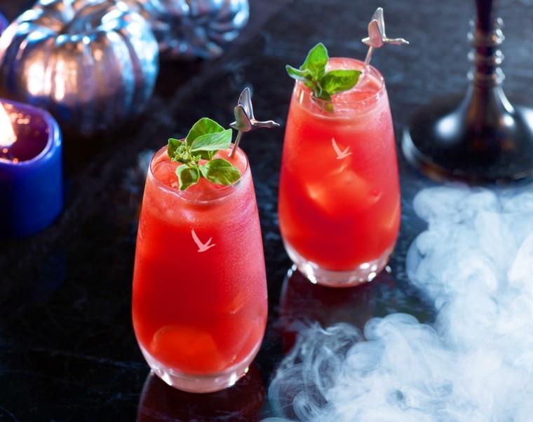Bebidas para halloween sorprende a todos con un ponche for Coctel con zumo de tomate