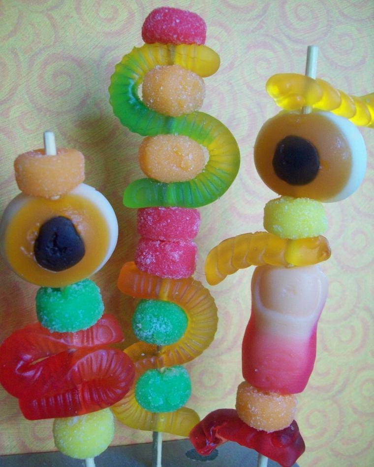 brochetas de caramelos