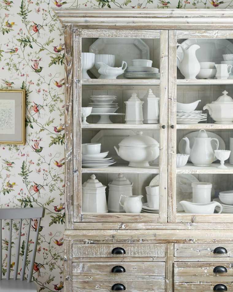 antiguedades-rusticas-muebles-rusticos-platos-puertas-cristal