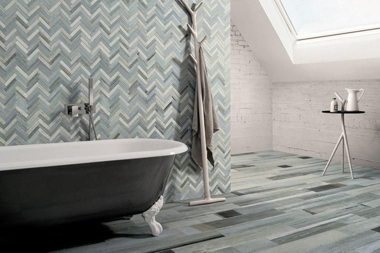 azulejos-cuarto-bano-diseno-Ceramica-Fioranese-efecto-madera-pintada-azul