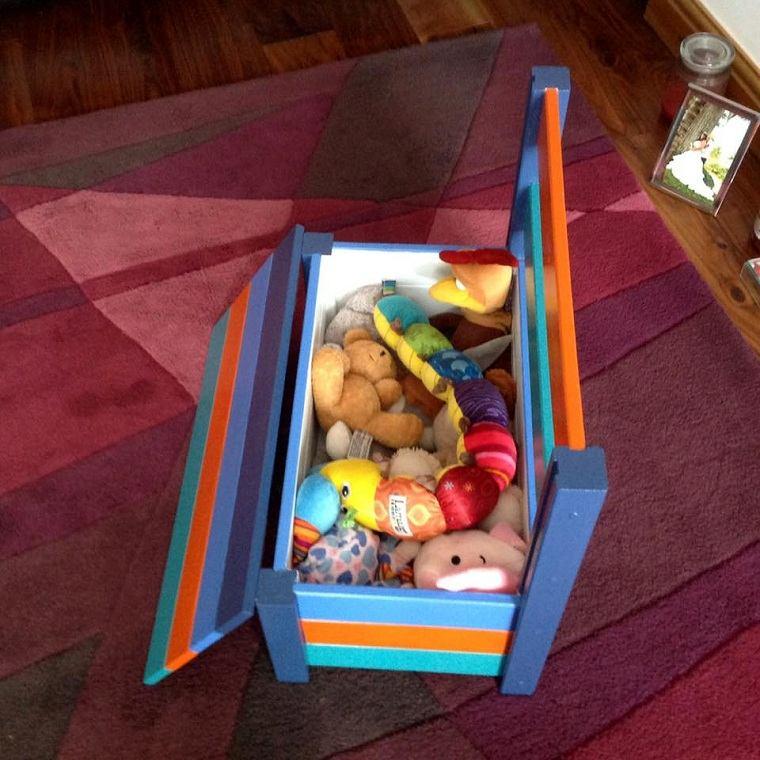 banco-habitacion-infantil-juguetes
