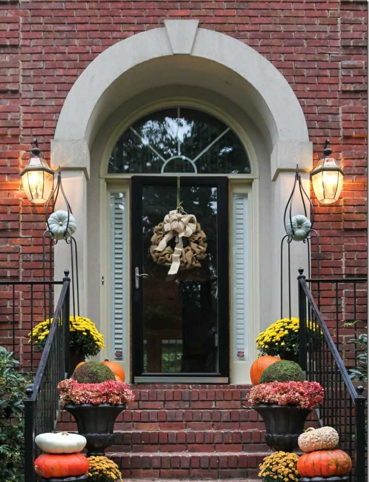 casas-decoradas-otono-entrada-moderna