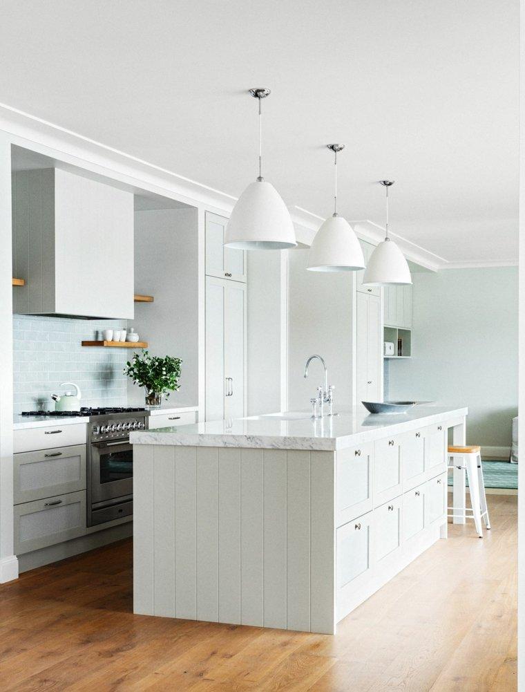 cocina-blanco-diseno-clasico-marmol-carrara