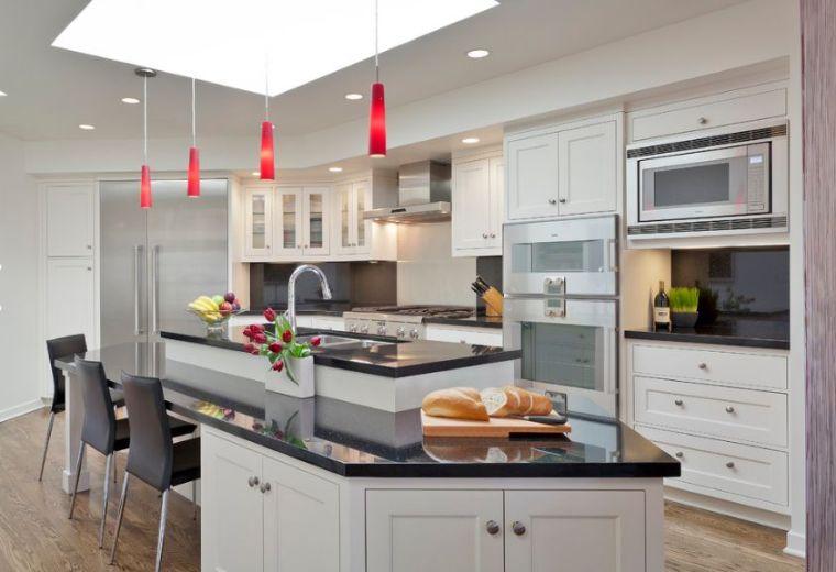 cocina-de-granito-negro-isla-barra-opciones