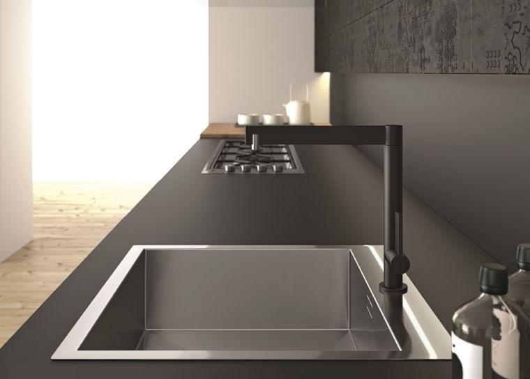 cocina-de-granito-negro-muebles-negros-elegantes