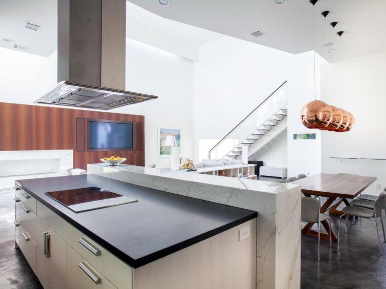 cocina-de-granito-negro-opciones-barra-marmol-blanco
