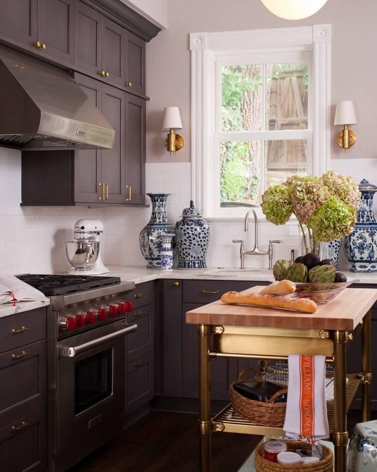 cocina-pequena-isla-opciones-estilo-clasico-tradicional