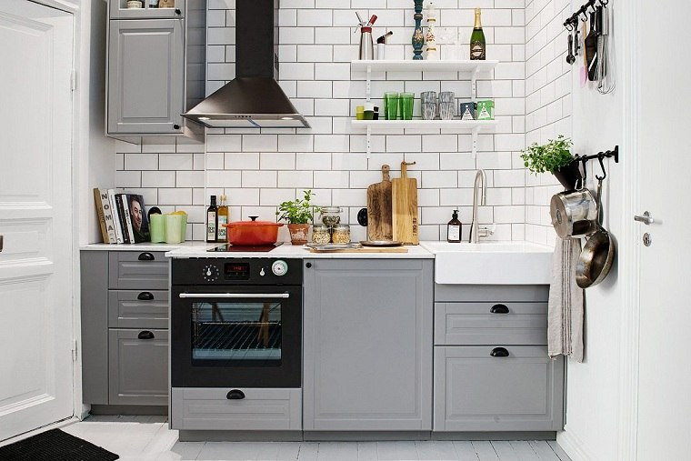 Cocinas modernas blancas y grises 20 dise os inspiradores for Cocinas clasicas pequenas