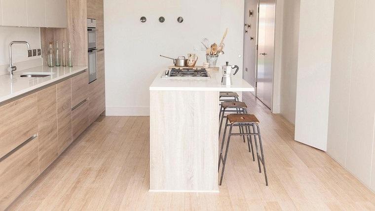 Cocinas Pequenas Con Muebles Blancos.Cocinas Pequenas Con Isla 20 Ideas En Fotos Y Consejos