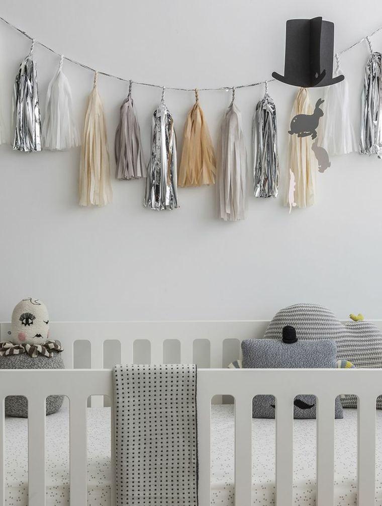 cómo decorar paredes de habitaciones infantiles