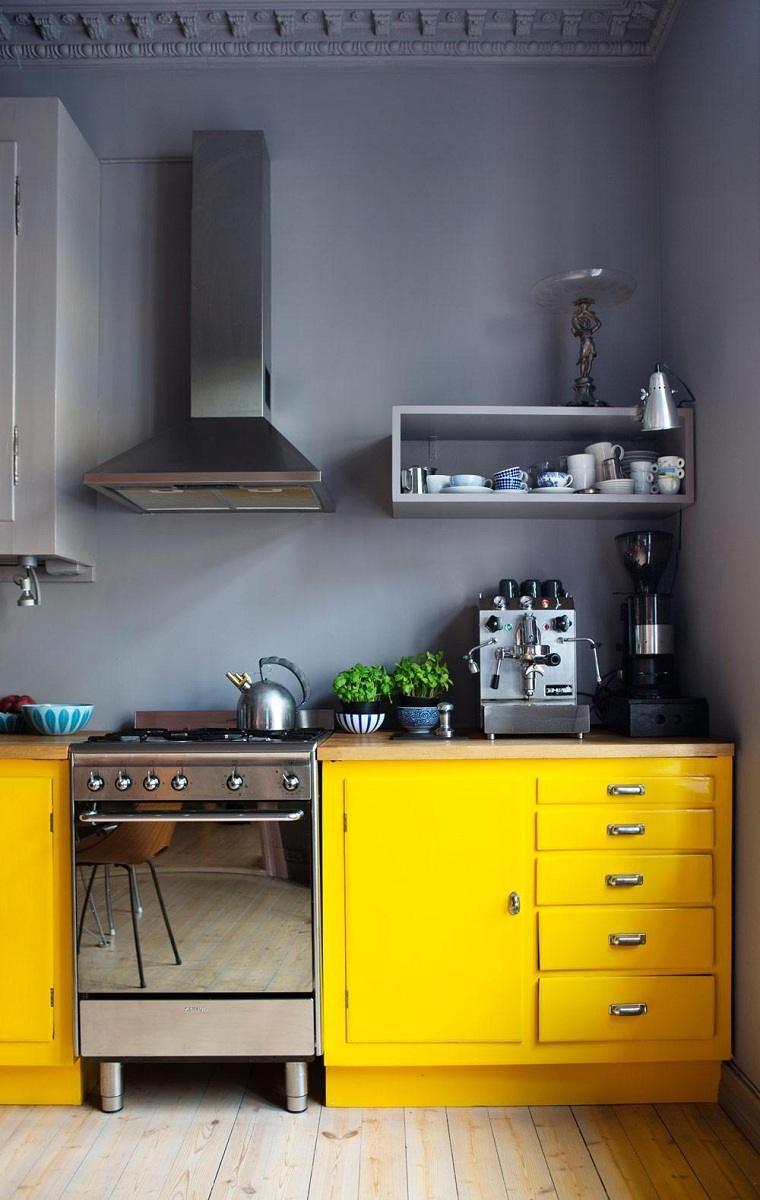 color-amarillo-cocina-diseno-combinacion-gris-amarillo