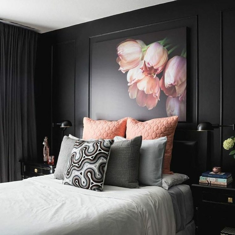 dormitorios con paredes de acento oscuras
