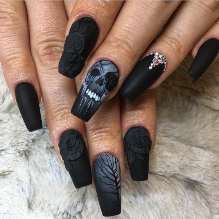 diseños de uñas fondo negro