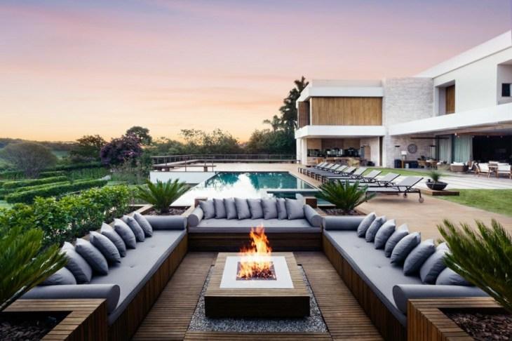 el otoño moderna casa exteriores