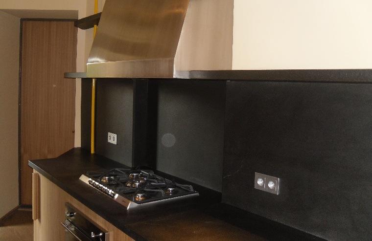 encimera-salpicadero-granito-negro-cocina-opciones