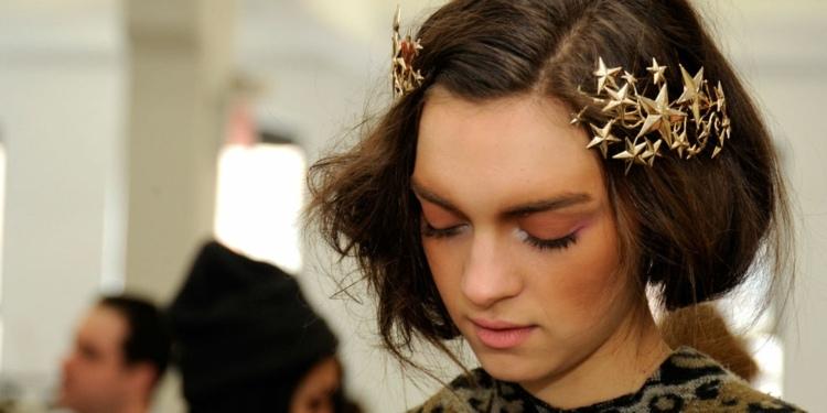 estrellas cabello elegante doradas