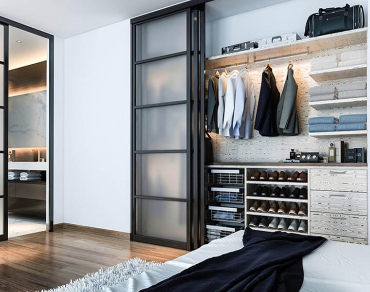 armario con estantes abiertos