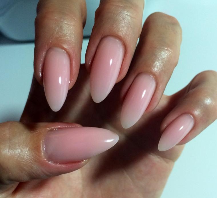 fotos de uñas de gel bonitas-colores-naturales