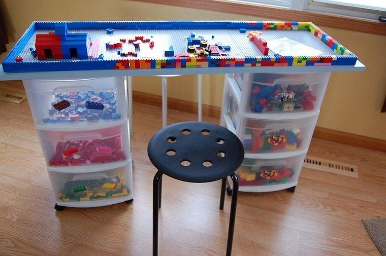 habitaciones-infantiles-originales-DIY-mesita