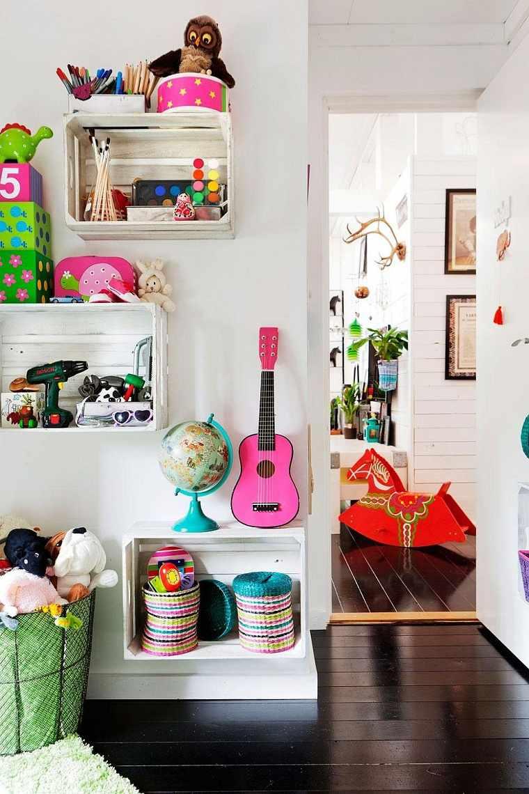 habitaciones infantiles originales-estantes-diy