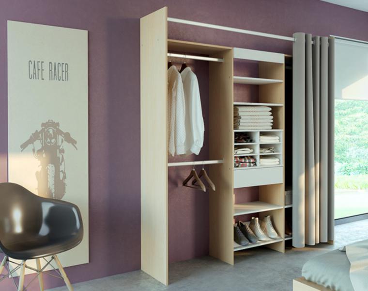 vestidor con estantes abiertos