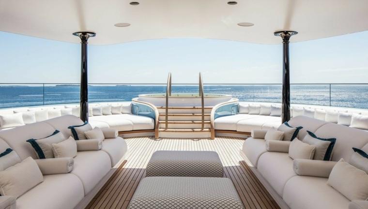 bonita terraza de yate