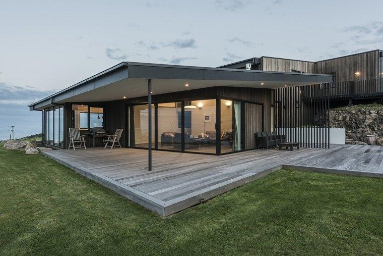 Casa rural moderna con impresionantes vistas de cymon for Casas modernas rurales
