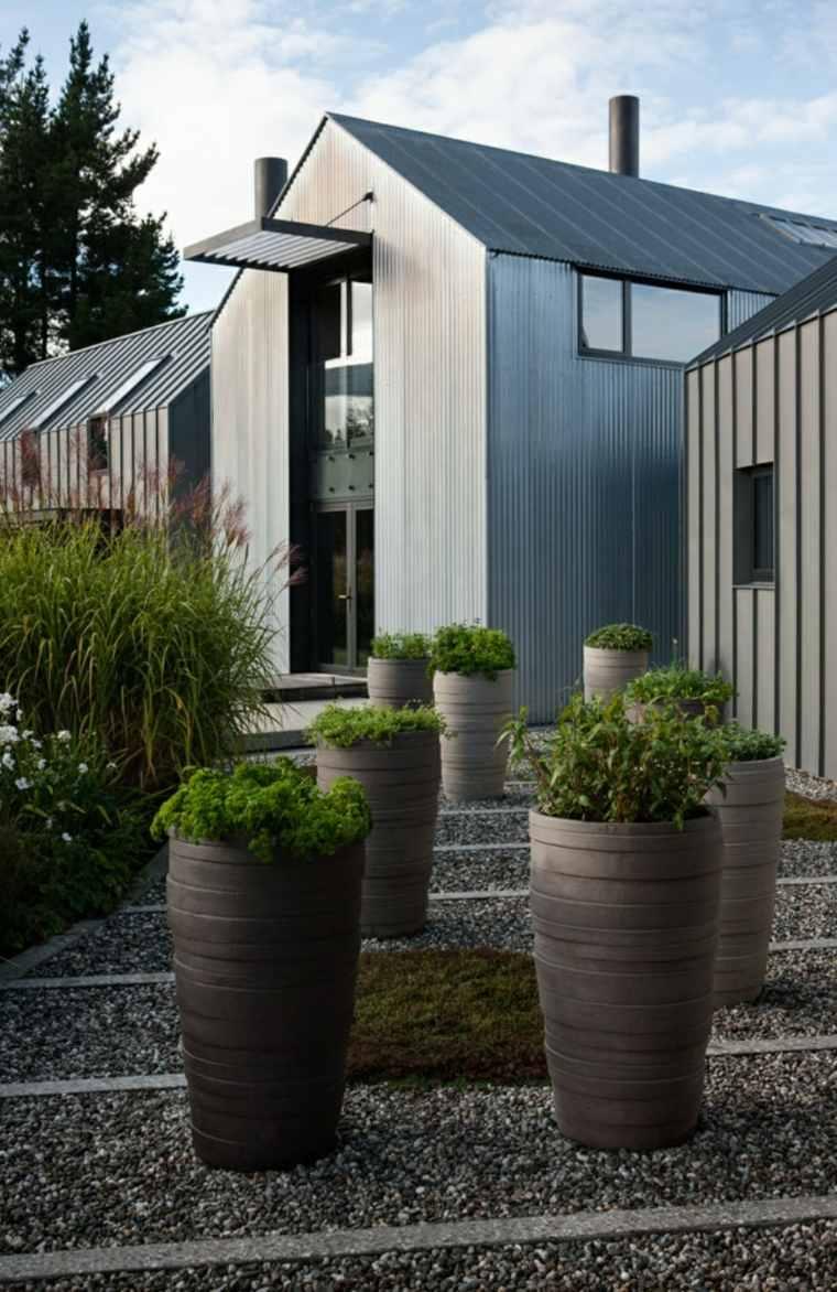 jardines-zen-exteriores-decoradas-macetas-opciones