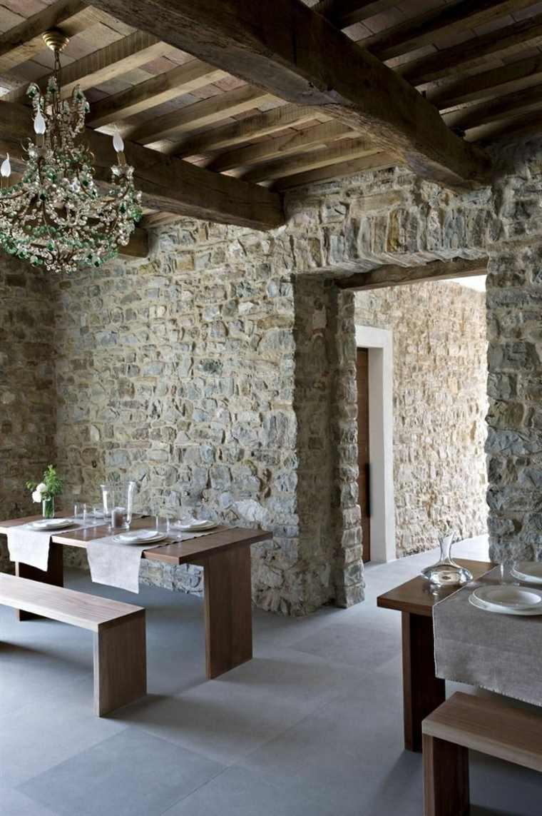 Paredes de piedra natural en el dise o del interior for Piedra barata para paredes