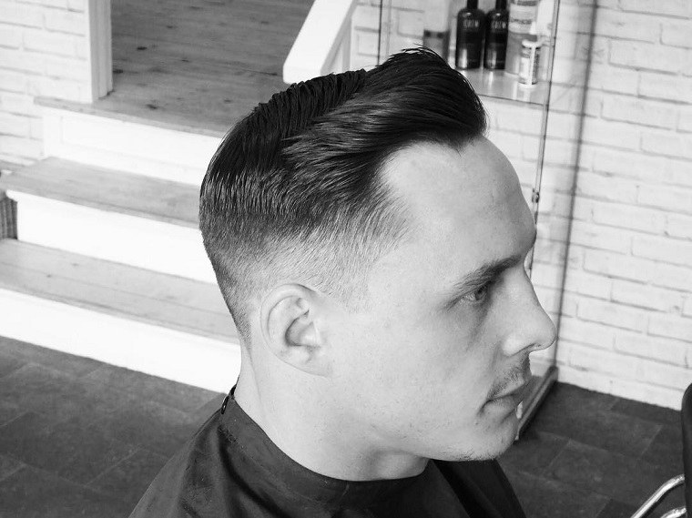 peinado-hombre-pelo-liso-estilo-moderno