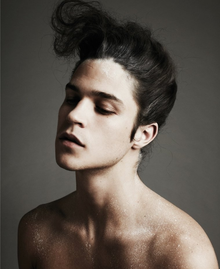 Peinados Para Pelo Largo Y Cortes Modernos Para Los Hombres - Peinado-hombre-largo