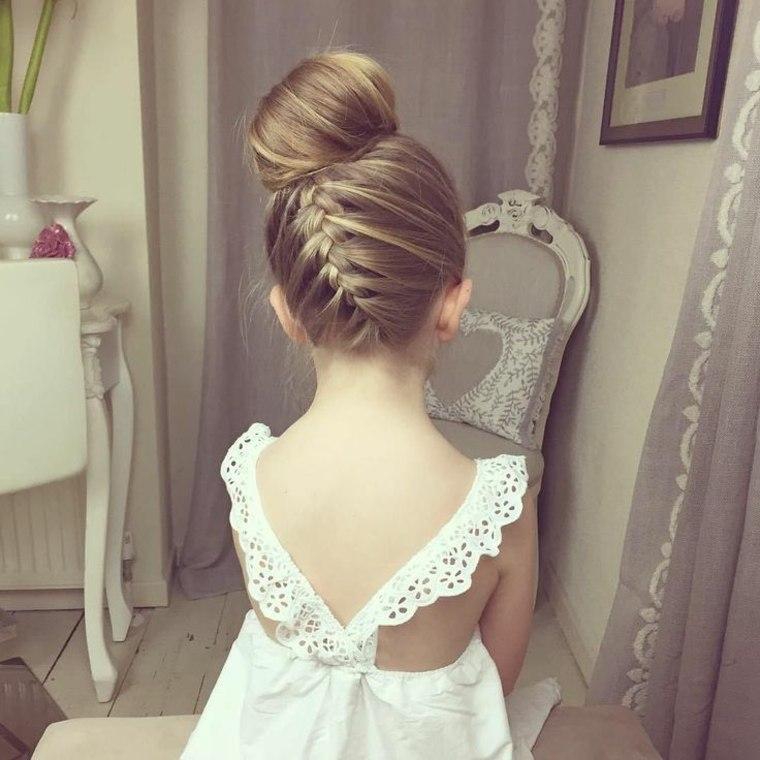 bonito peinado para niña
