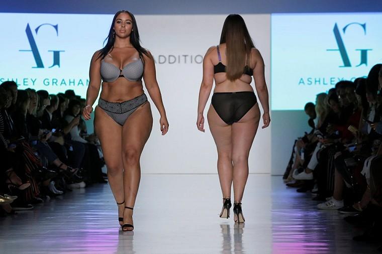 ropa tallas grandes-semana-moda-nueva-york-bikini