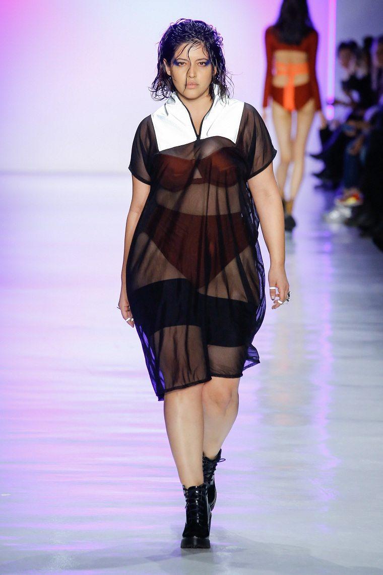 ropa-tallas-grandes-semana-moda-nueva-york-vestido-transparente