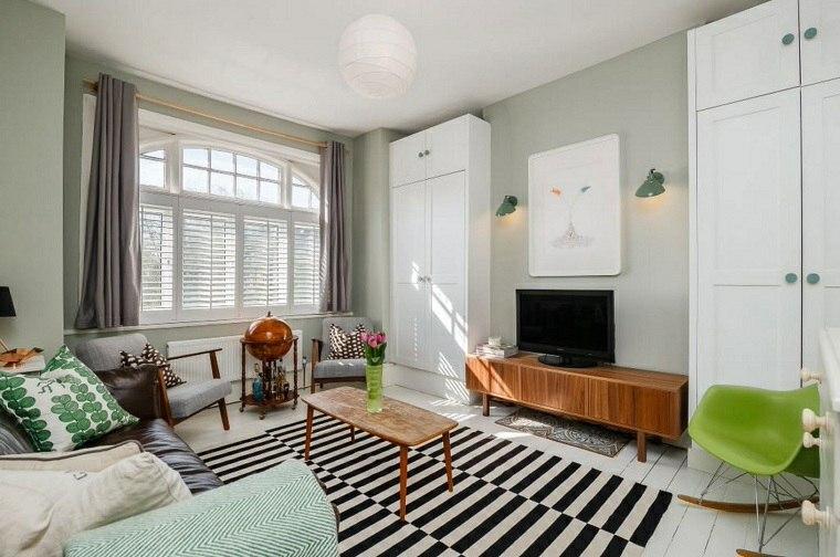 salon-vintage-alfombra-rayas-estilo-moderno