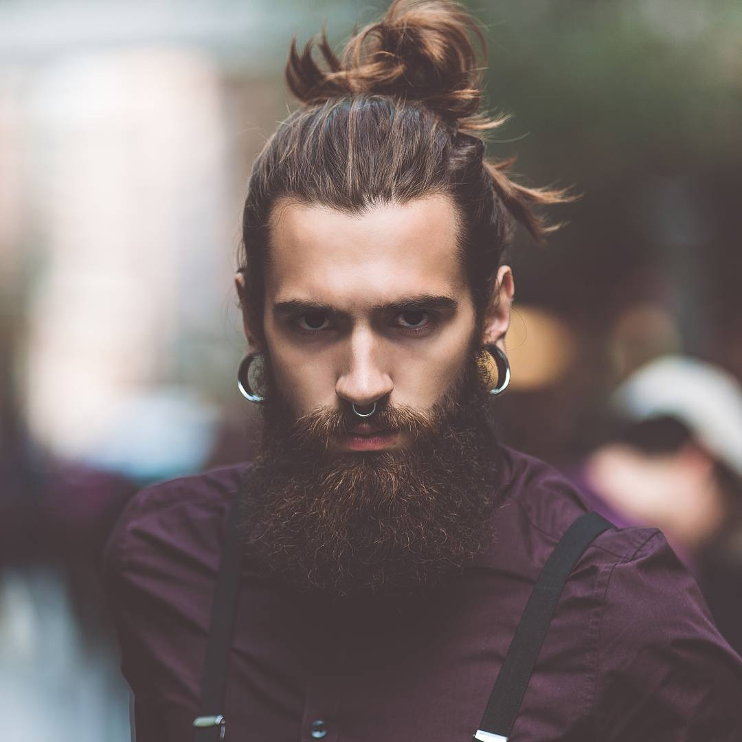 tipos-de-barbas-modelo-hombre-pelo-largo