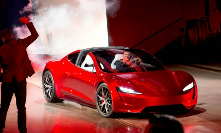 Tesla Roadster renovado