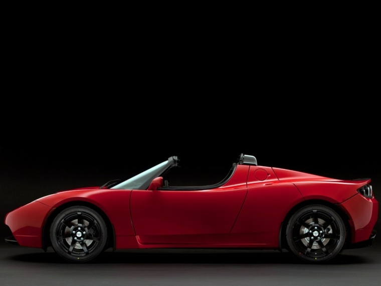 Tesla Roadster lateral