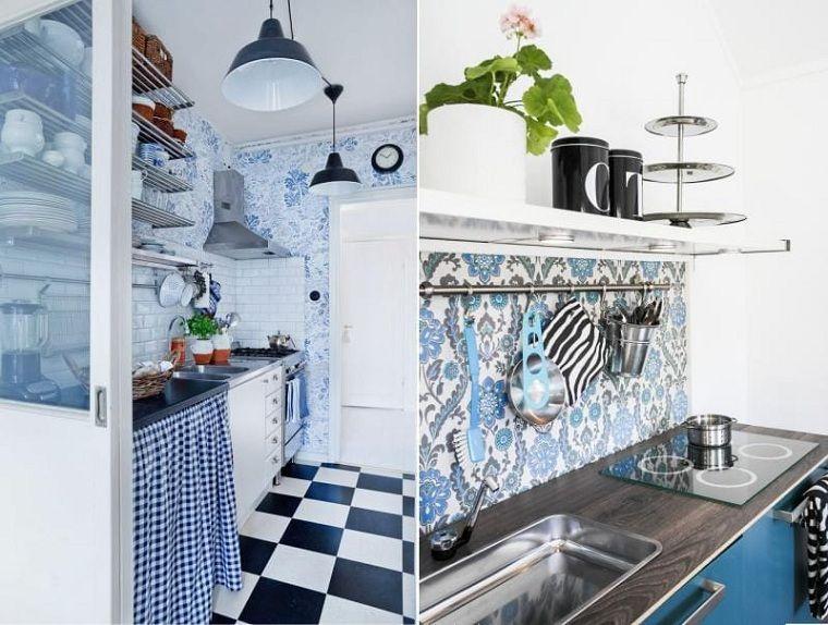 Colores básicos azul como color principal en el diseño interior -