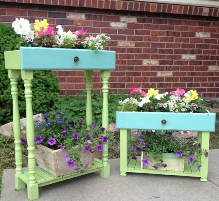 ambientaciones exteriores jardines coloridos