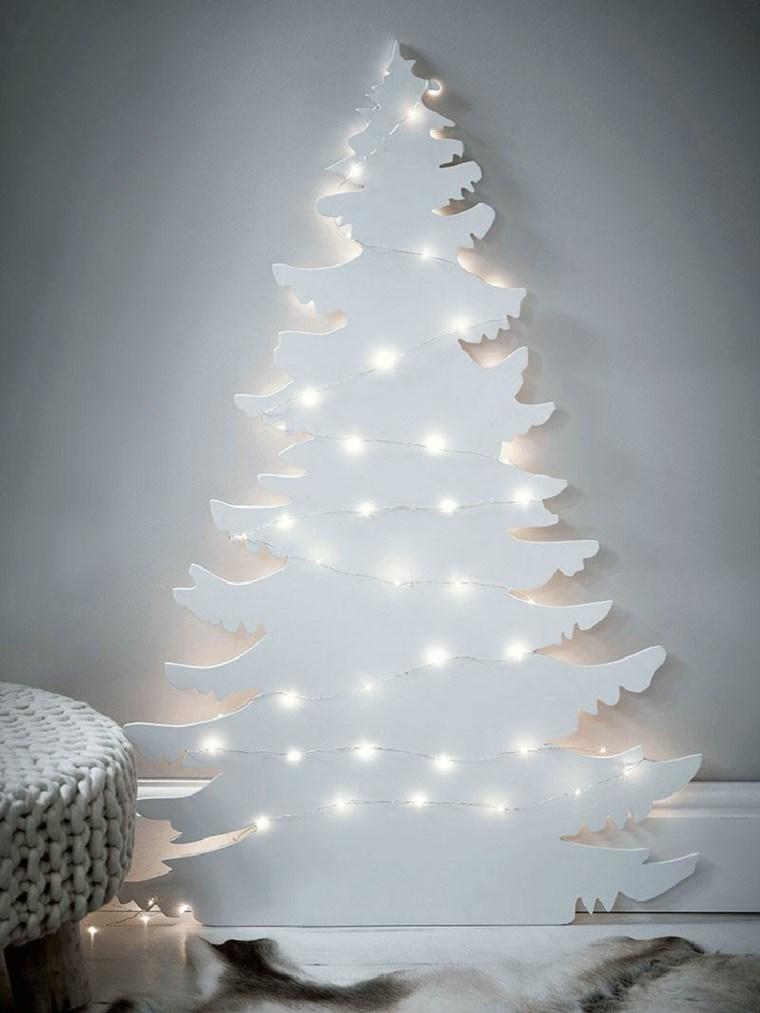 árbol de navidad casero blanco