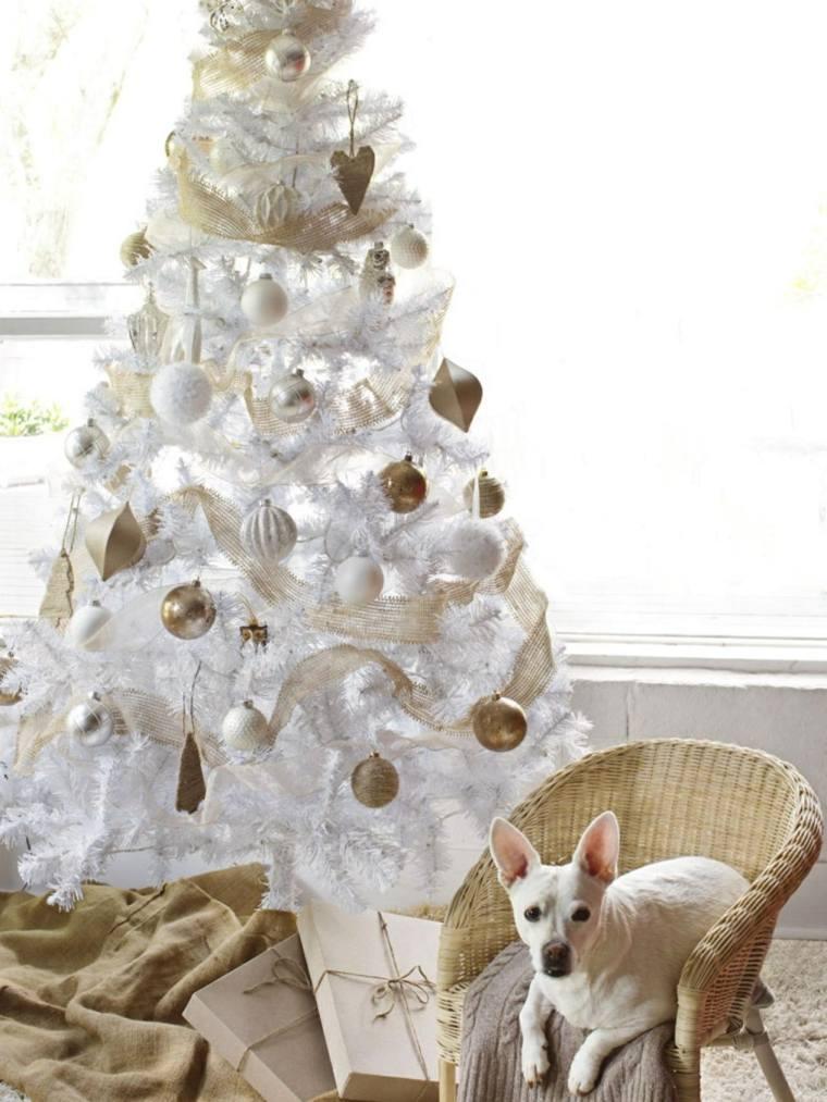 cómo decorar un árbol de Navidad de manera original