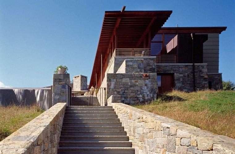 casas modernas con elementos de piedra