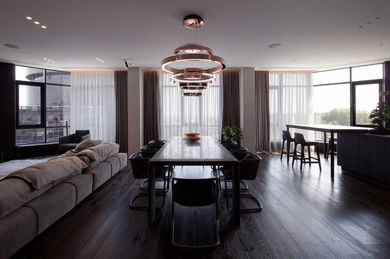 bonito diseño de interior con acentos de cobre