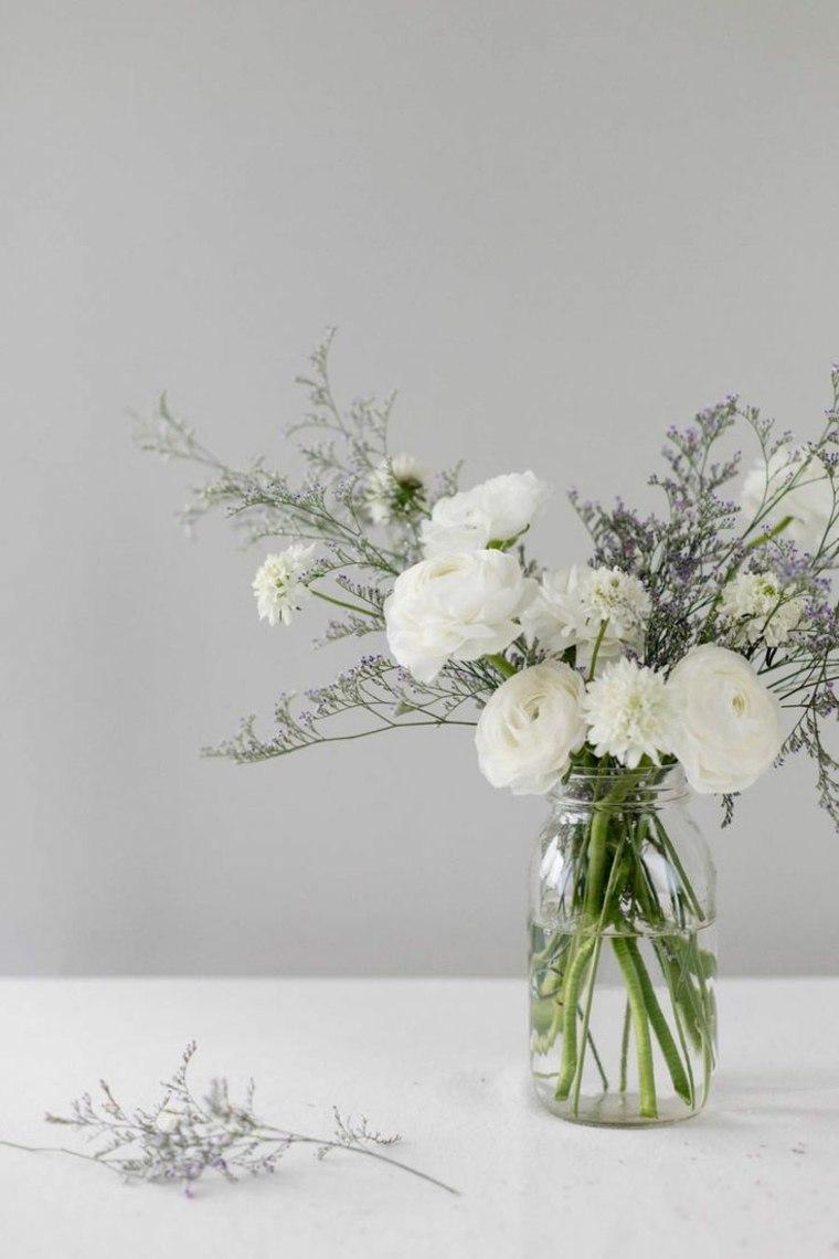 centros de mesa con flores frescas