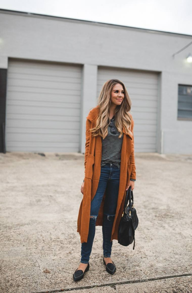 chaqueta-de-punto-larga-naranja