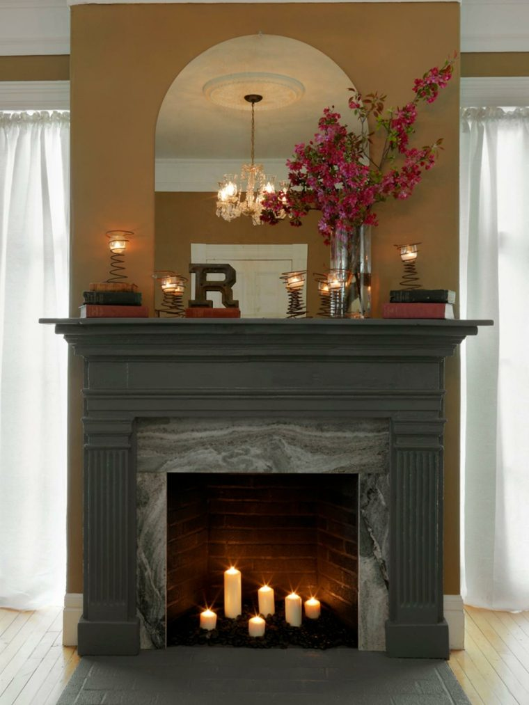 Decorar chimeneas ideas interesantes para acentuar la chimenea en el hogar - Velas para decorar habitacion ...