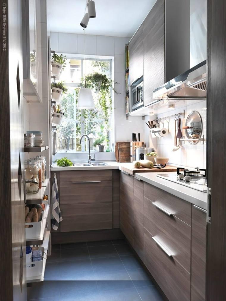 Cocinas alargadas ideas para aprovechar su espacios for Muebles cocina pequenos espacios