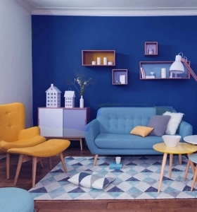 color-azul-sala-estar-combinacion-pared-acento